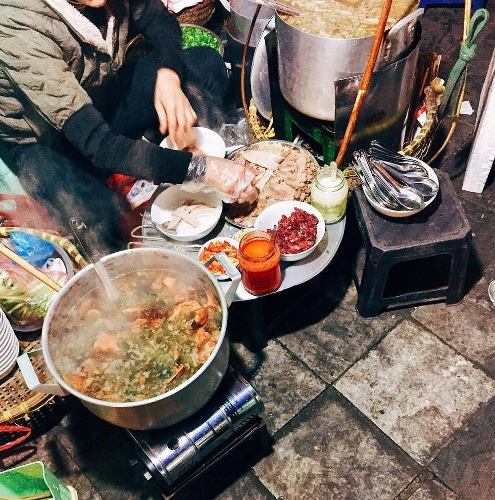 Ăn đêm Hoàn Kiếm Phở gánh.