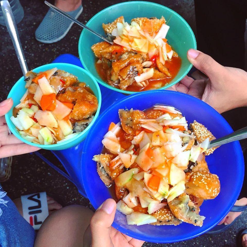 Ăn vặt Tây Hồ bánh rán mặn Võng Thị 2