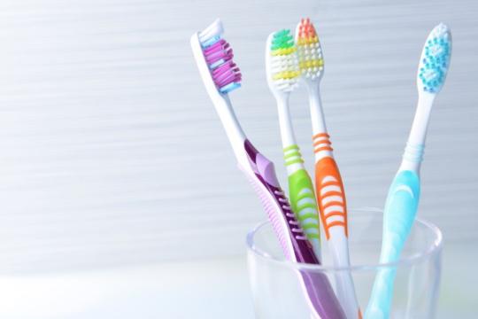 Review top 5 bàn chải đánh răng chất lượng giúp bảo vệ sức khỏe răng miệng