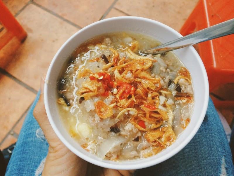 Bánh đúc nóng Thanh Tùng