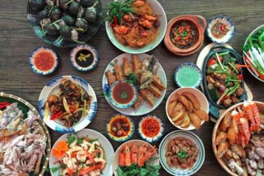 Review top 5 nhà hàng quận 8 thu hút đông thực khách