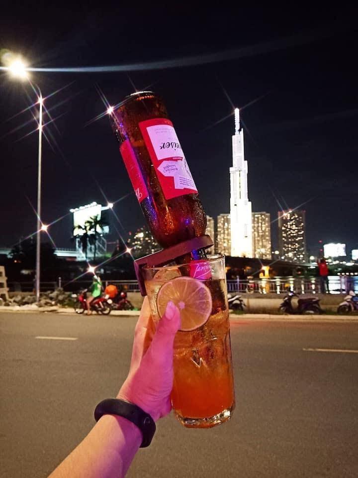 Bia úp ngược Jolly