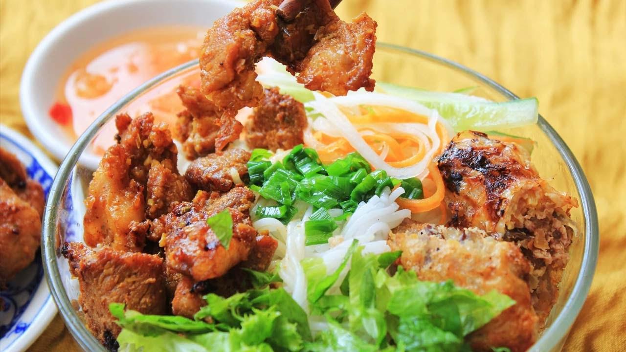 Bún thịt nướng - nét ẩm thực đặc trưng 3 miền
