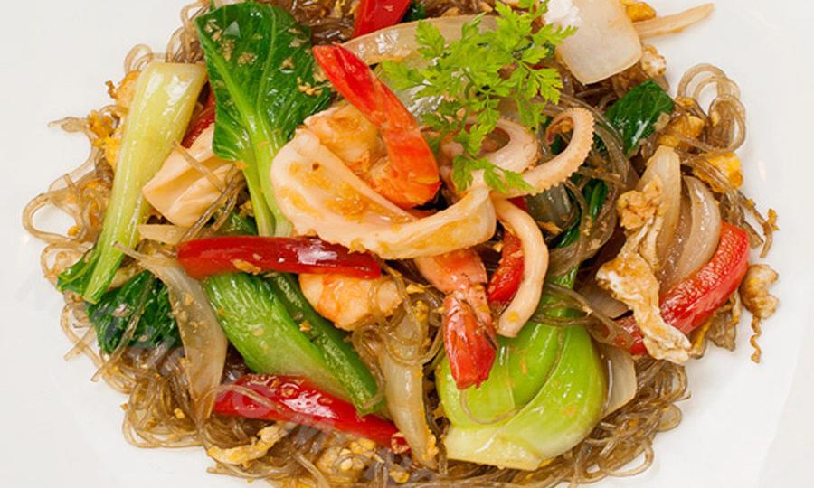 Cách chế biến món bún xào hải sản
