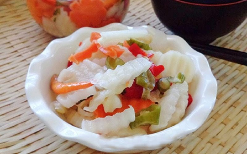 Cách làm củ cải trắng ngâm chua ngọt gia truyền