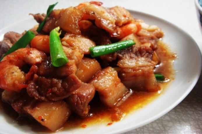 Cách làm thịt kho tương truyền thống