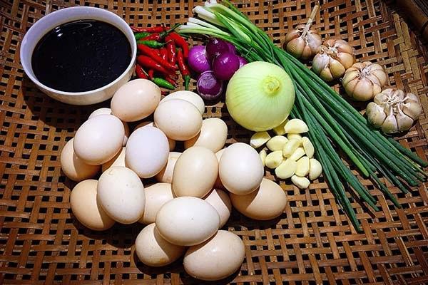 Cách làm trứng gà ngâm tương Hàn Quốc