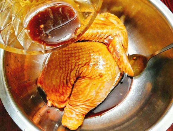 Cách ướp gà nướng mật ong