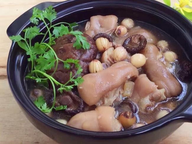 Chân giò hầm hạt sen - món ăn bổ dưỡng