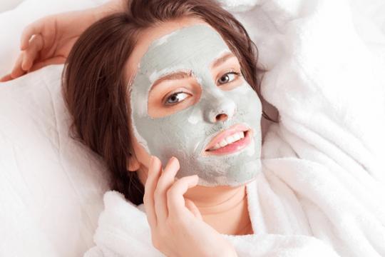 Review Top 5 loại mặt nạ đất sét thích hợp cho da dầu mụn