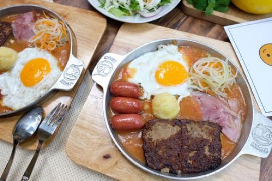 Review top 5 quán bánh mì chảo ở Hà Nội ngon và hấp dẫn nhất hiện nay