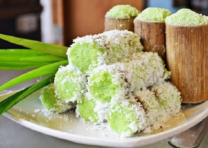 Đặc sản Kiên Giang Bánh ống lá dứa.