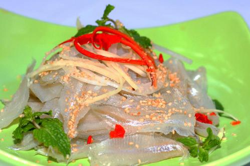 Đặc sản Nha Trang gỏi cá mai