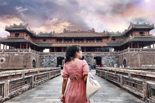 Review top 5 địa điểm du lịch Huế mang đậm tính lịch sử và kiến trúc độc đáo