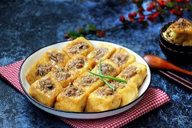 Đậu nhồi thịt - món ăn quen thuộc của gia đình Việt