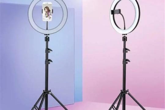 Review top 5 sản phẩm đèn livestream siêu tiện lợi  trên thị trường