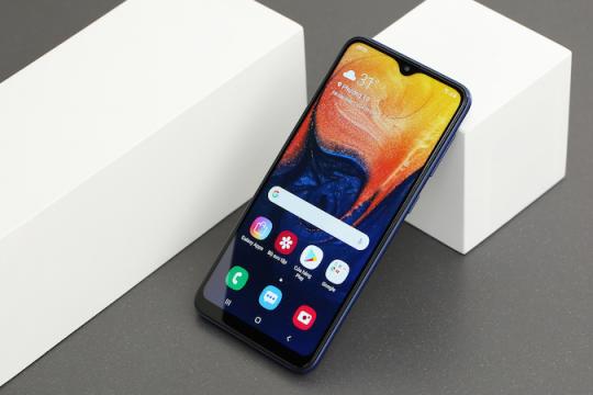 Review top 5 sản phẩm điện thoại dưới 3 triệu đa tính năng, mượt mà hiện nay