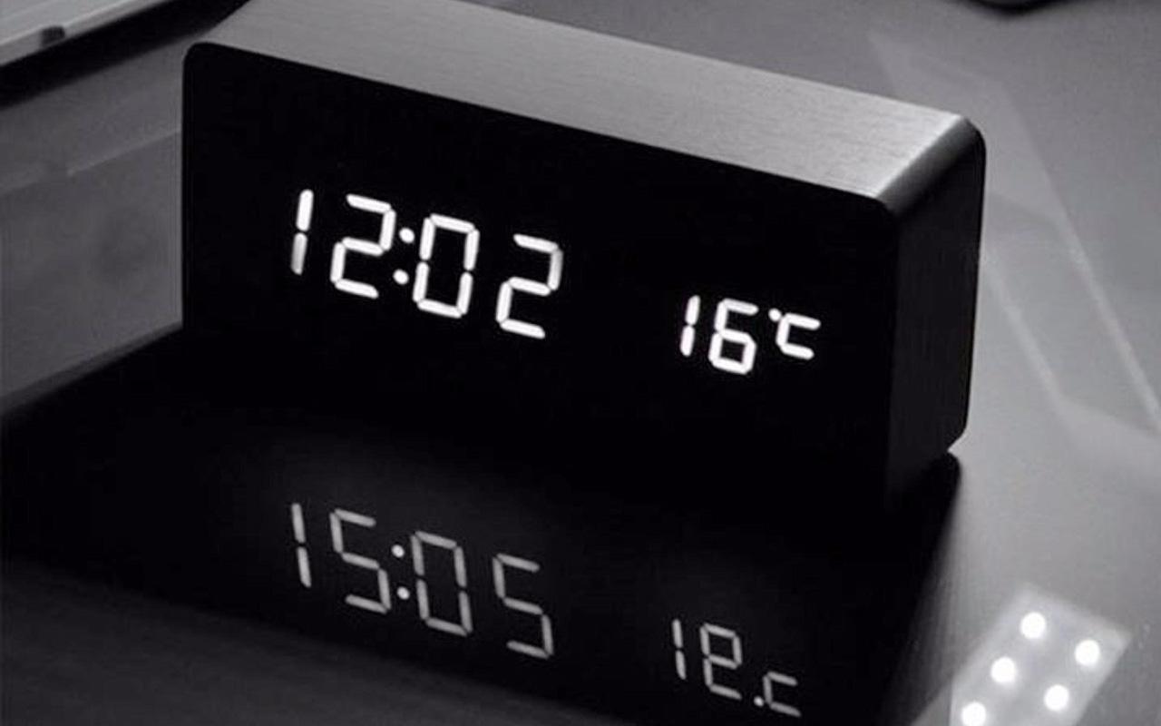Đồng hồ báo thức thông minh kỹ thuật số BaLDR