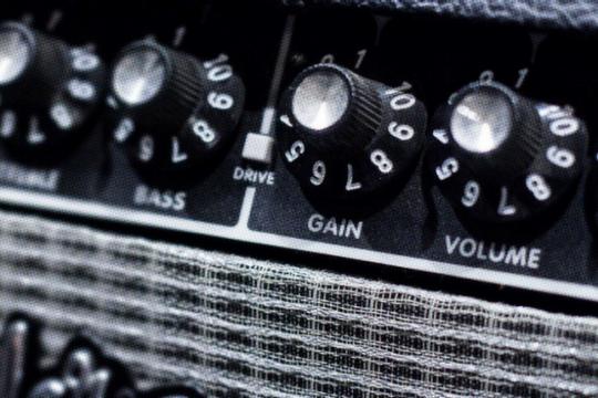 Gain là gì? Làm thế nào để điều chỉnh lượng gain trong âm thanh?