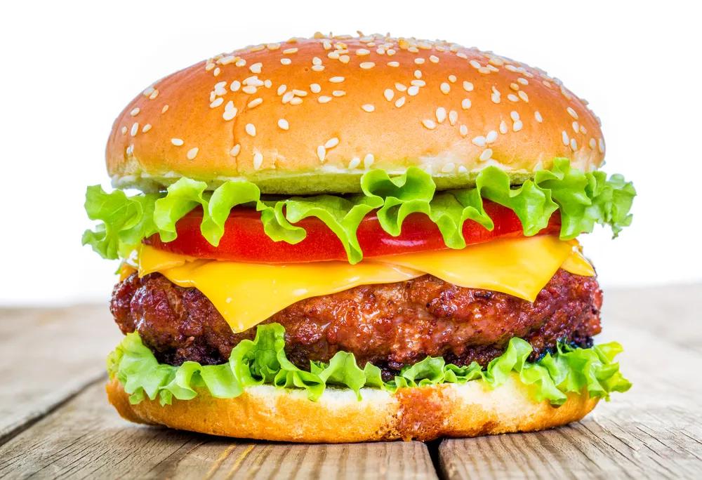 Hamburger - món ăn mang hương vị châu Âu được nhiều người yêu thích