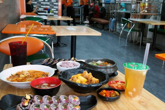 Review Top 5 quán ăn vặt quận 10 được giới trẻ yêu thích hiện nay