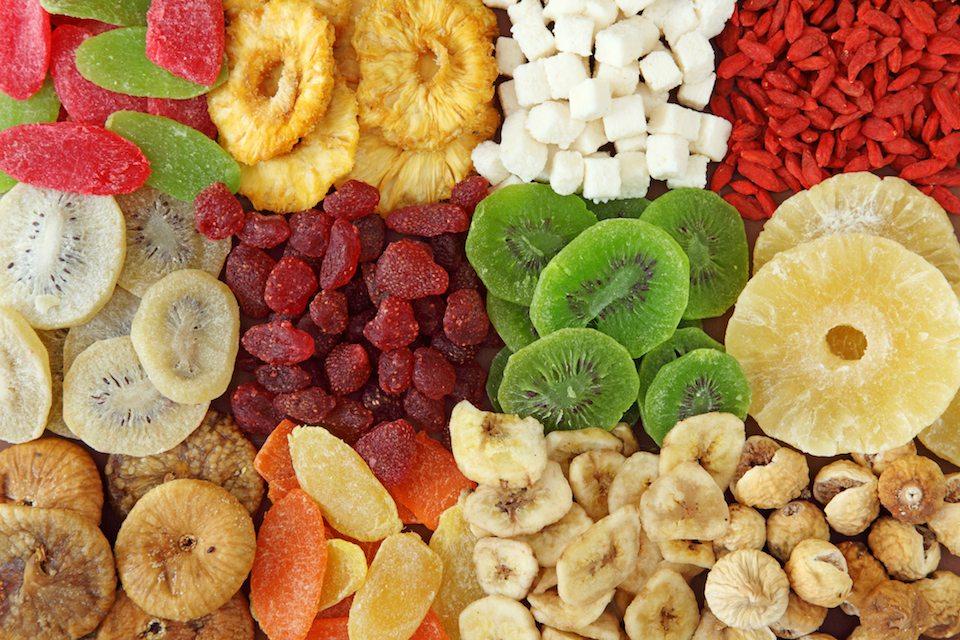 Hoa quả sấy – Đặc sản ăn vặt ai cũng mê