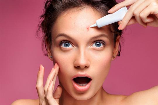 Review top 5 kem trị mụn ẩn đạt hiệu quả tốt khi sử dụng