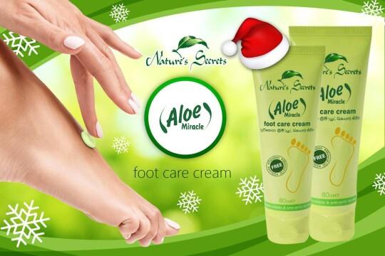 Review top 5 loại kem trị nứt gót chân nâng niu gót sen hồng