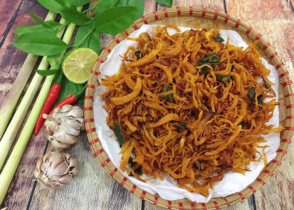 Khô gà lá chanh – món ăn vặt phù hợp với mọi đối tượng
