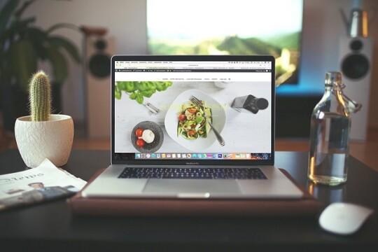 Review top 5 laptop văn phòng cho dân văn phòng đáng mua nhất 2020