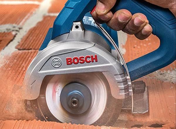 Máy cắt gạch đá Bosch GDC 140