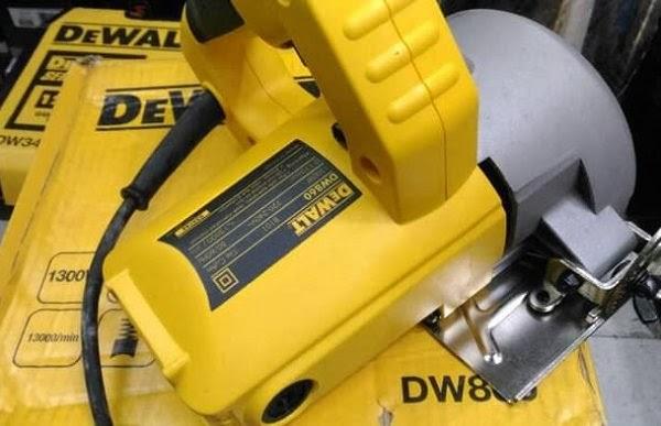 Máy cắt gạch đá DeWALT DW860