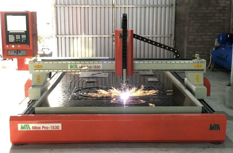 Máy CNC công suất lớn Maxpro 1530S