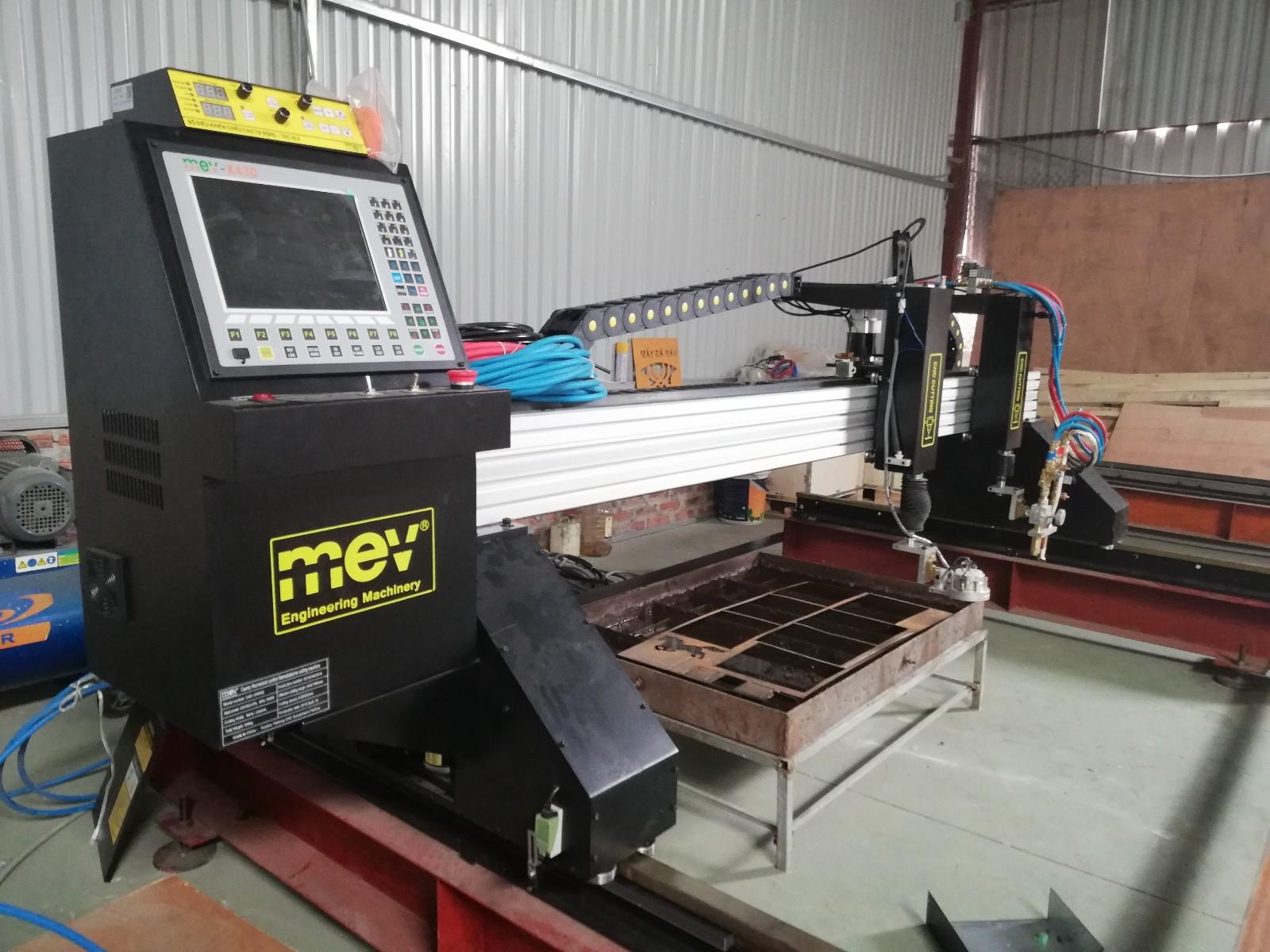 Máy CNC công suất lớn MEV 3000pro