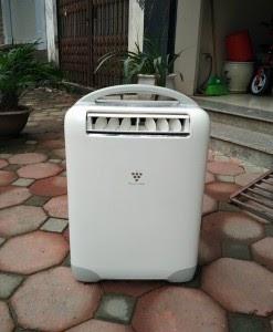 Máy điều hòa mini Sharp Hot & Cool KR49H