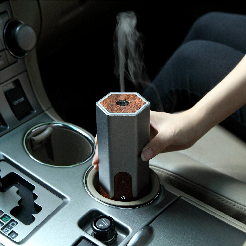 máy khuếch tán tinh dầu ô tô 1