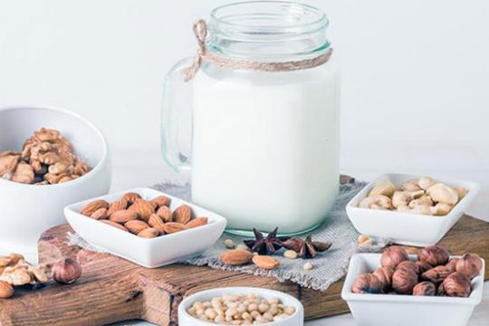 Review top 5 máy làm sữa hạt chất lượng cho cả gia đình
