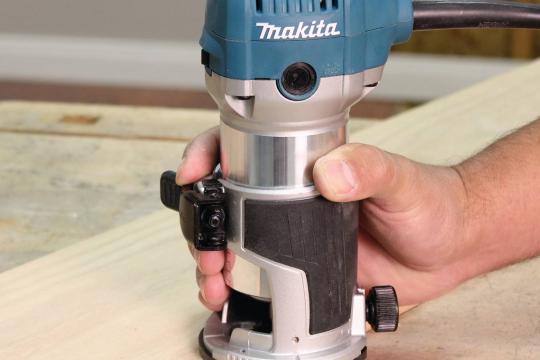 Review Top 5 sản phẩm máy phay gỗ cầm tay nhỏ gọn tiện lợi