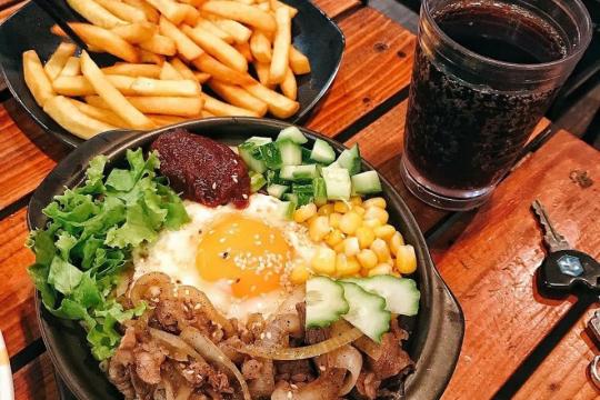 """Review top 5 quán ăn Hàn Quốc đang """"gây sốt"""" tại Hà Nội"""