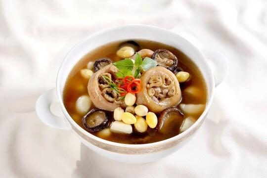 Công thức cách làm món ăn bổ dưỡng từ giò heo đơn giản