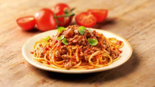 mon-ngon-cuoi-tuan-spagetti-1-e1482265877334