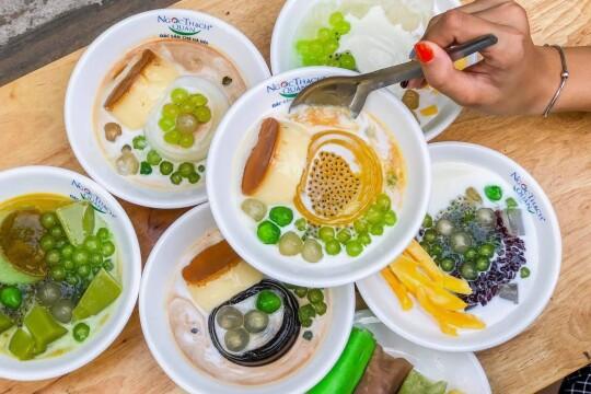 Review top 5 quán ăn vặt Đống Đa dành cho các tín đồ ăn vặt
