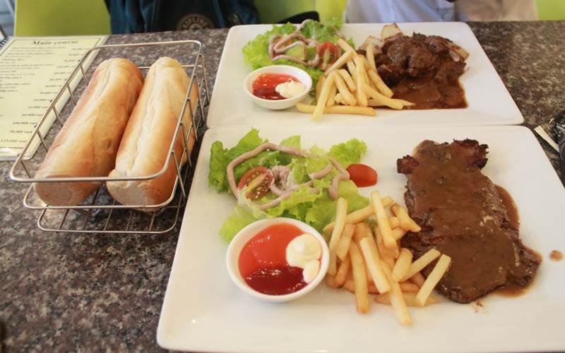 Nhà hàng Beefsteak TiTi