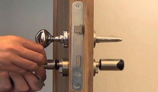 Ổ khóa cửa 2