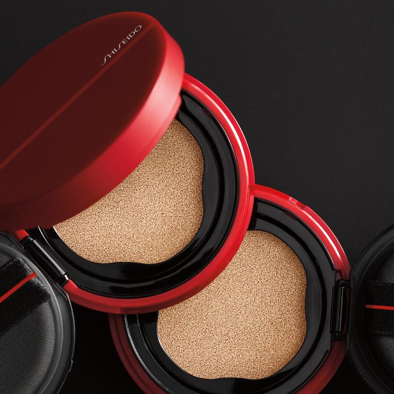 Phấn nước Shiseido Synchro Glow Cushion Compact