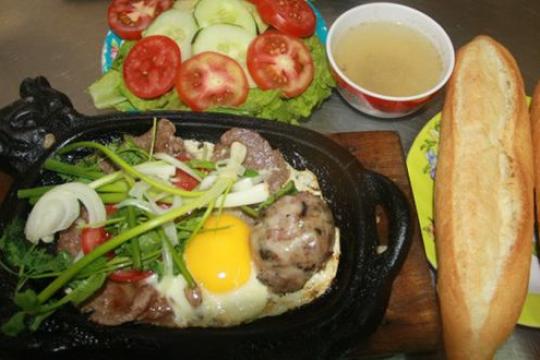 Review top 5 chỗ ăn đêm quận Bình Chánh ngon, nổi tiếng, mang hương vị đặc biệt