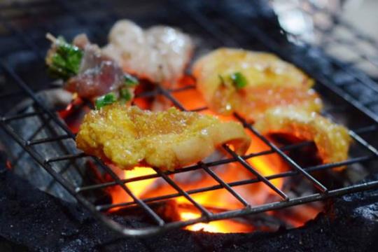 Review top 5 quán ăn đêm Hoàng Mai được các bạn trẻ tìm đến nhiều nhất hiện nay