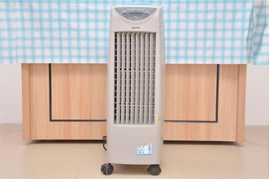 Review top 5 quạt hơi nước nhỏ làm mát hiệu quả, tiết kiệm điện năng