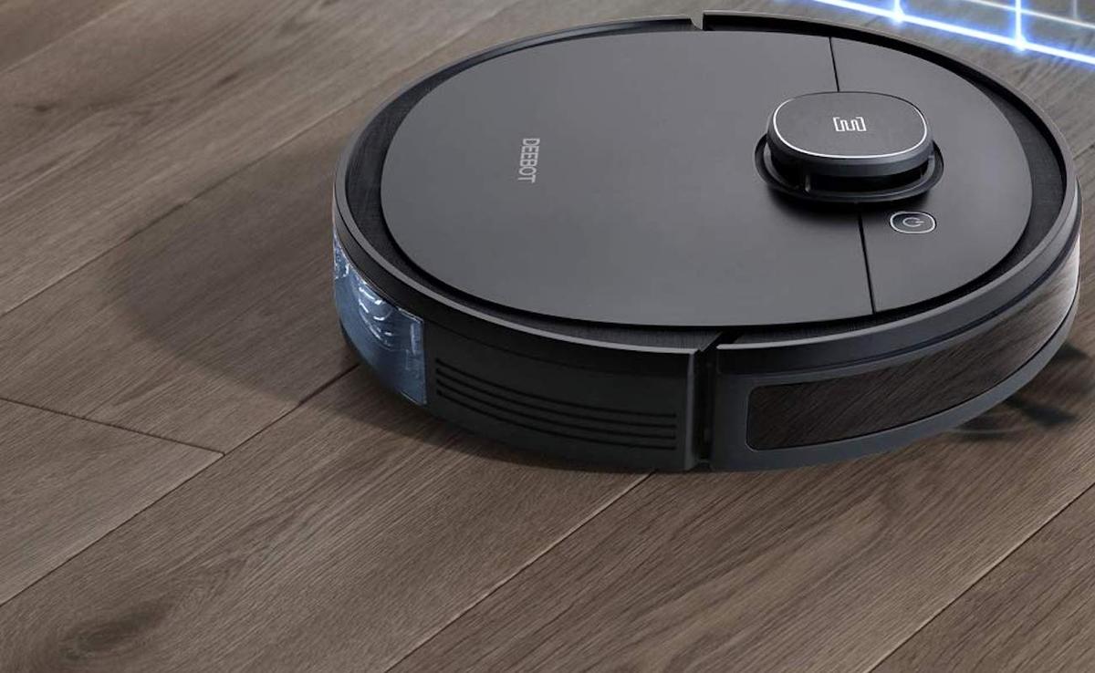 robot-hut-bui-1