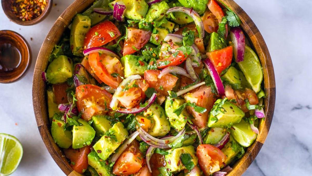 Salad bơ món ăn lành mạnh cho sức khỏe